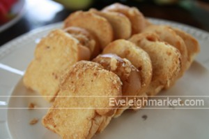 ขนมปังกระเทียม ทำกินก็ง่าย ทำขายกำไรดี